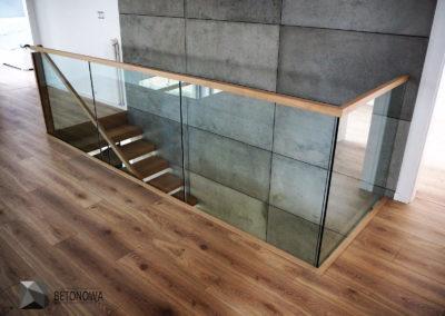Schody Beton Architektoniczny Drewno Szklo Balustrady2